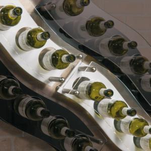 portabottiglia-a-parete-in-plexiglass-linea-plexi-wave-white-06-by-divino-marketing
