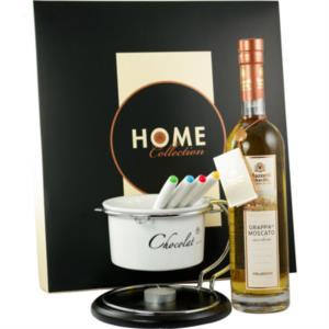 attimi-fondenti-grappa-di-moscato-invecchiata-con-cioccolatiera-in-gift-box