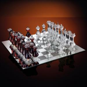 scacchiera-reale-in-cassa-di-legno-anticato
